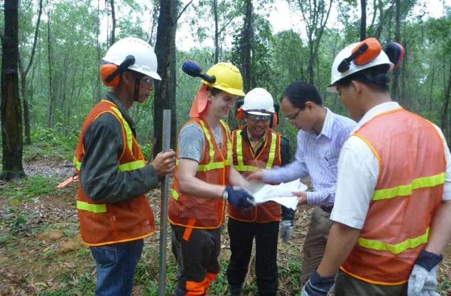 TRAINING-ON-SUSTAINABLE-FORESTRY-VIETNAM-1-1024x768